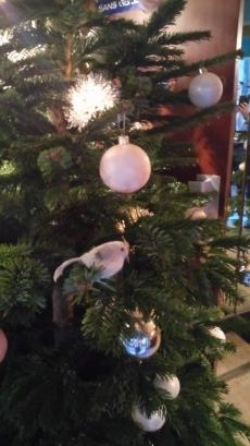 Christmas in the deep heart of Paris : Christmas tree at Welcome Hotel Paris