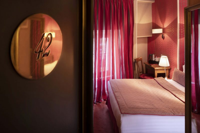 A hotel to spend the long weekend of Ascension in Paris